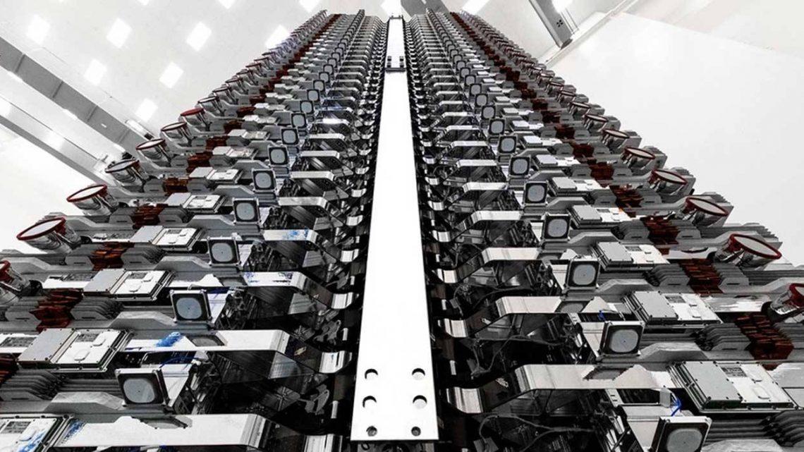 SpaceX cherche à obtenir l'autorisation d'installer 30 000 satellites Starlink supplémentaires