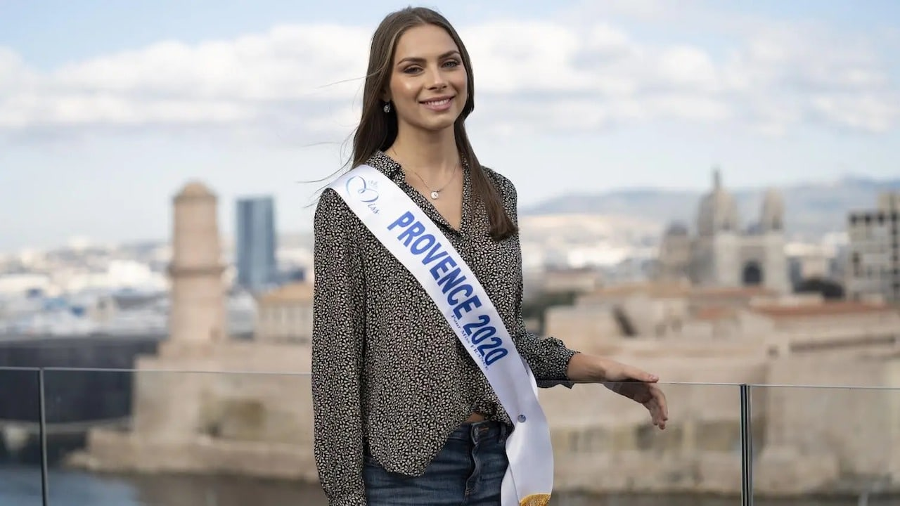 April Benayoum: confession sur ce grave incident durant Miss France 2021