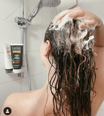 Comment laver vos cheveux sous la douche ?