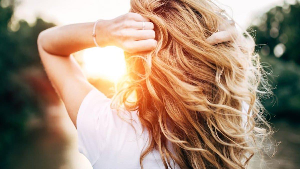 Soin pour cheveux: Ce spray à moins de 10 euros va vous épater! Il a été élu produit de l'année